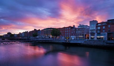 5 Reasons Why You Must Invest in Ireland 2019