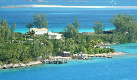 How Can Business Consultants Help to Start an Offshore Company in the Bahamas?