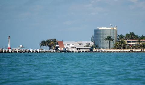 How Can Business Consultants Help to Start an Offshore Company in Belize?
