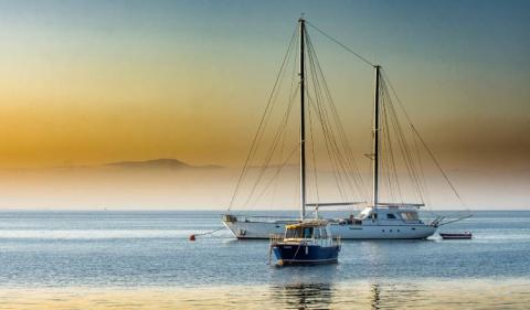 How to Establish an Offshore Yacht Charter Business?