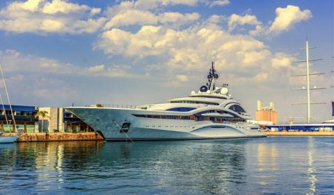 What are the Different Types of Yacht registration?